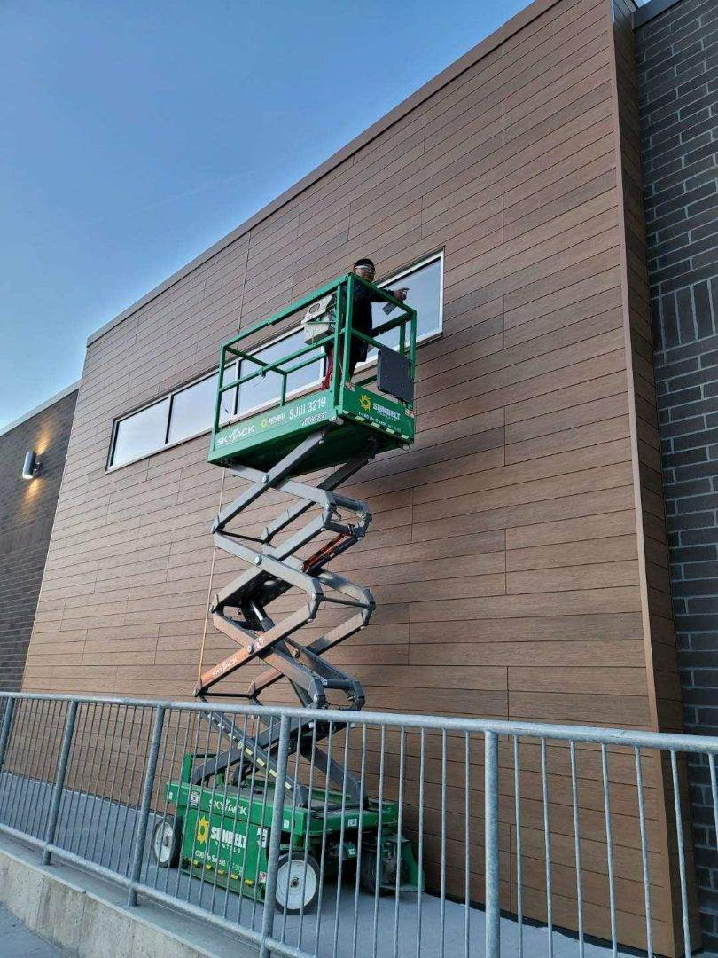 Cleaning exterior new construction aldi